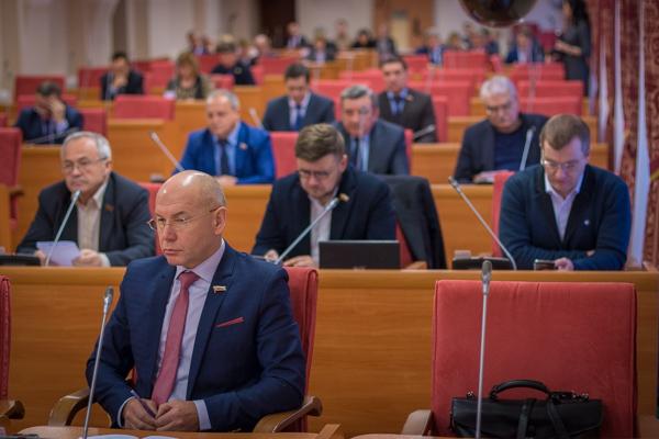 Областные депутаты откладывают переход «Водоканала» региону